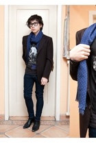 Ray Ban glasses - H&M scarf - unknown blazer - H&M t-shirt - Criminal Damage jea