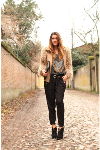 tan Zara coat - black Zara pants