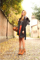 dark brown Pinko coat