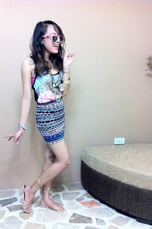 blue Nollie skirt - gold Forever21 sandals - navy Forever21 top