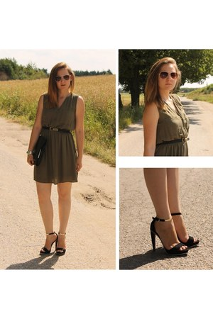 black shoes - army green dress