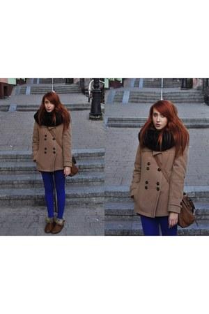 coat - shoes - blue Bershka leggings - leggings - bag