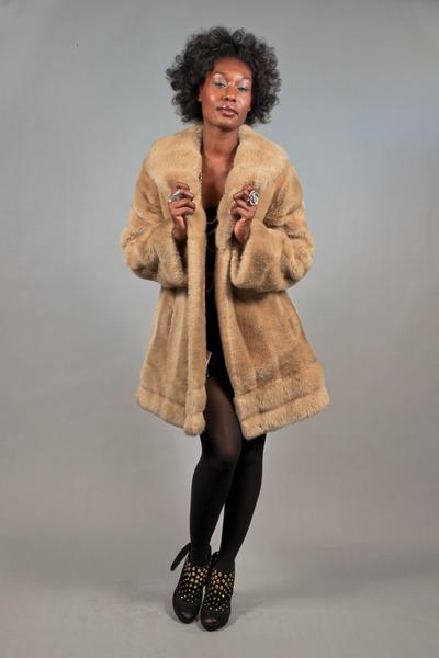 faux fur brown vintage jacket