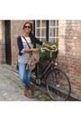 Zara-boots-skinny-pepejeans-jeans-golden-buttons-zara-cardigan-navy-zara-b