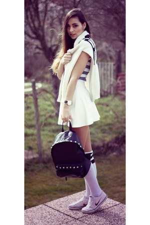 white Bershka skirt - off white Forever 21 jumper