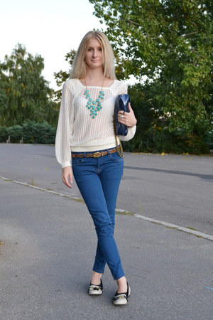 aquamarine H&M necklace - navy Zara jeans - ivory Mango sweater