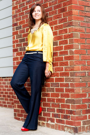 Gap top - Forever21 pants - Vince Camuto heels