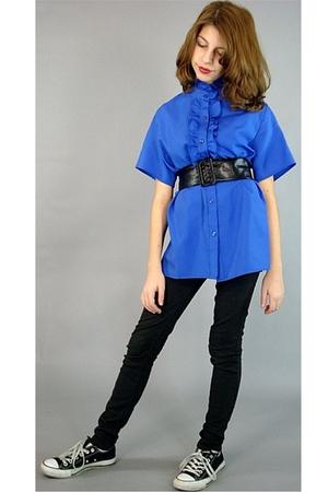 blue vintage 80s blouse - black Skinny jeans - black 80s belt - black Converse s