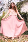 Light-pink-maxi-vintage-dress-off-white-vintage-necklace-light-orange-rhines