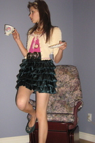 Mango skirt - Betsey Johnson vest - shirt - Betsey Johnson necklace - brown shoe