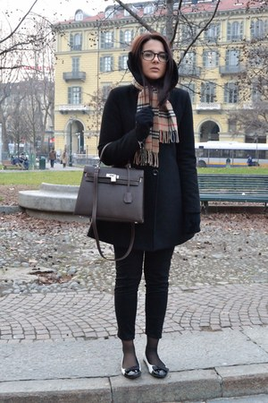 Hermes bag - Brandy & Melville coat - Burberry scarf - Zara pants