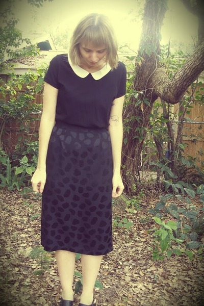 H&M shirt - Playground Love Vintage skirt