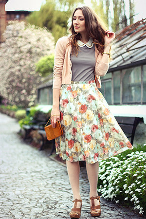Secondhand skirt - Mango cardigan - next sandals