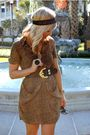 Urban-outfitters-dress-dolce-vita-shoes-vintage-belt-house-of-harlow-acces