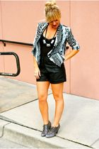 Forever 21 shorts - Steve Madden shoes - H&M jacket - Hallelu accessories