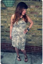 cream patterned supre dress - gold leaves Primark necklace - black Office sandal