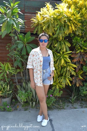 white H&M shoes - blue shorts - navy sunglasses - cardigan - violet top