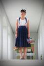 White-thrfited-blouse-blue-vintage-1950s-skirt-walmart-shoes