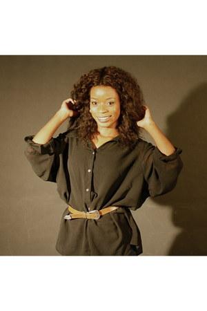 vintage belt - vintage blouse