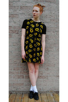yellow floral thrifted dress - black oxford thrifted shoes