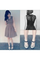 flare dress dress - mary-jane pumps Vincci pumps