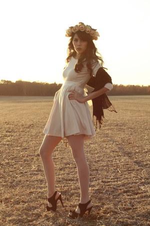 H&M dress - cupcake heels olsenboye shoes - flower crown DIY hat