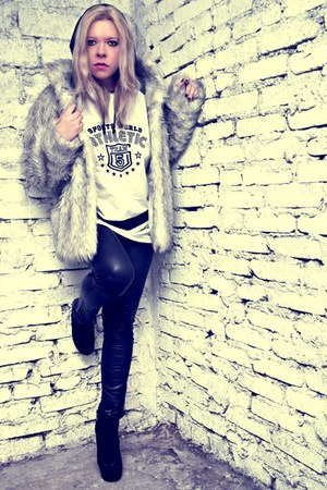 silver Secondhand jacket - black Pimkie pants - white second hand blouse