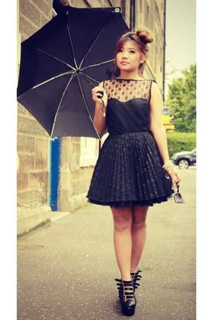 Nasty Gal shoes - Jones and Jones dress - black Topshop dress