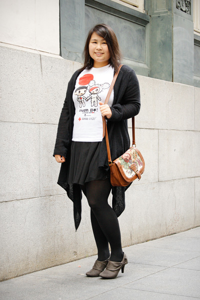 white tokidoki t-shirt - charcoal gray JCPenney boots - black H&M dress