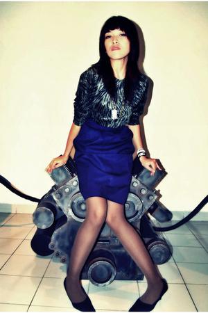 gray vintage top - blue self-made skirt - brown from japan stockings - black Zar