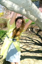 yellow robe intimate - gray Gap skirt - gray belt - black top