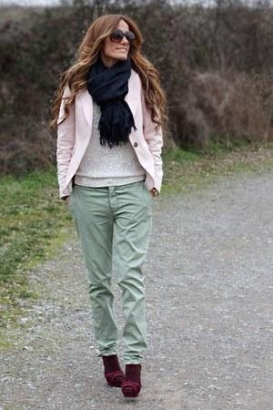 Zara pants - Zara shoes - Zara blazer - Massimo Dutti scarf
