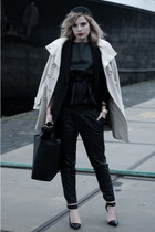 black H&M hat - beige Bandolera coat - black Zara bag - black Zara heels