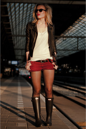 black Hunter boots - black H&M jacket - brick red Coolcat shorts