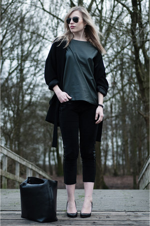 black Bershka shoes - black Zara coat - forest green Zara sweater