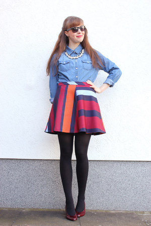 red Zara skirt - blue c&a blouse - brick red thrifted vintage pumps