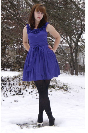 violet modcloth dress - black Target tights - black thrifted shoes