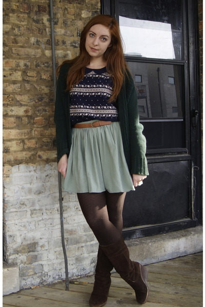 navy long sleeved modcloth blouse - dark brown wedge journeys boots