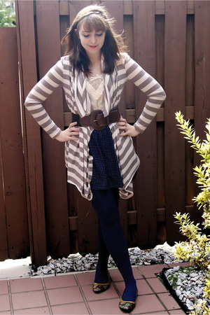tan Nordstrom cardigan - off white Urban Outfitters blouse - navy Urban Outfitte