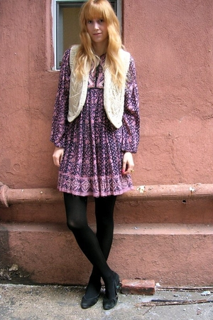 purple vintage dress - white vintage vest - black tights - black vintage shoes -
