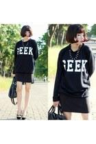 dark gray Topshop sweatshirt - Zara skirt