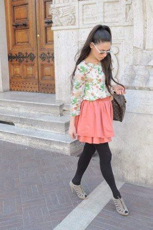 flowered H&amp;M shirt - borrowed Louis Vuitton bag - Ray Ban sunglasses - old H&amp;M s