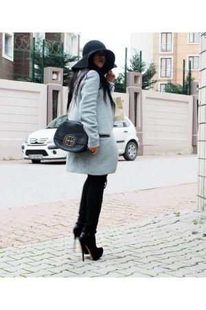 Stradivarius coat - Stradivarius boots - hm hat - tory burch bag