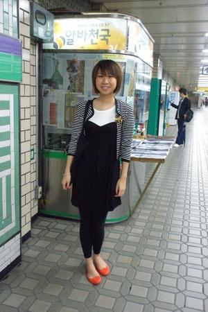 random from Hong Kong dress - random from Seoul coat - tory burch shoes
