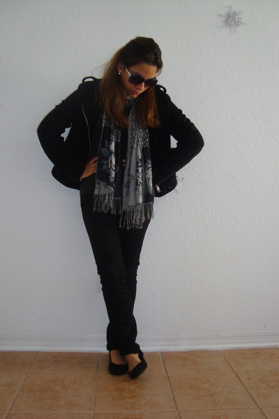 gray Dolce Gabbana t-shirt - black Forever 21 jacket - franco sarto glasses