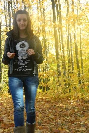 black xs ACs kenvelo t-shirt - navy H&M jeans - black jacket
