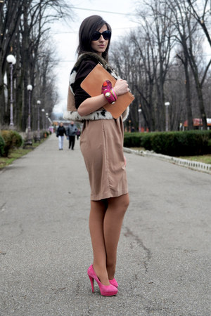 Moschino bag - H&amp;M dress - asos heels - Accessorize bracelet