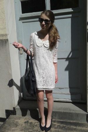 black sunglasses - white laces mimph dress - black leather bag - black ring