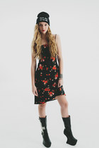 Vintage 90s Floral dress / Grunge Chic / midi mini dress