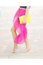 Hot-pink-skirt-blue-top-yellow-belt